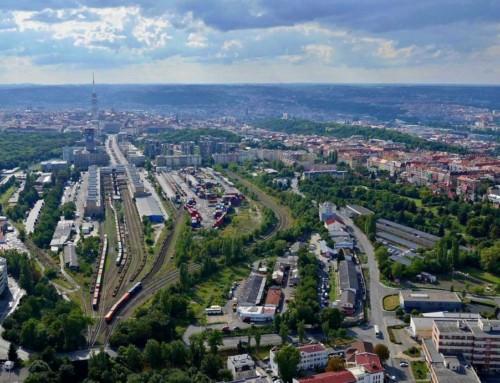 Nákladové nádraží